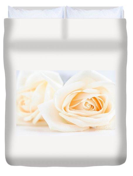 Delicate Beige Roses Duvet Cover