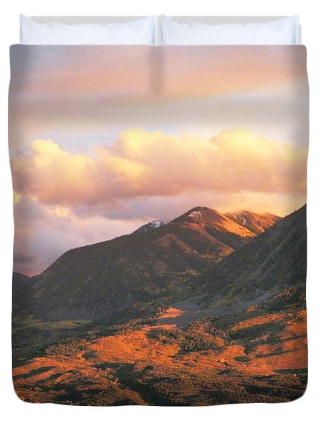 Descending To Splendor  Duvet Cover