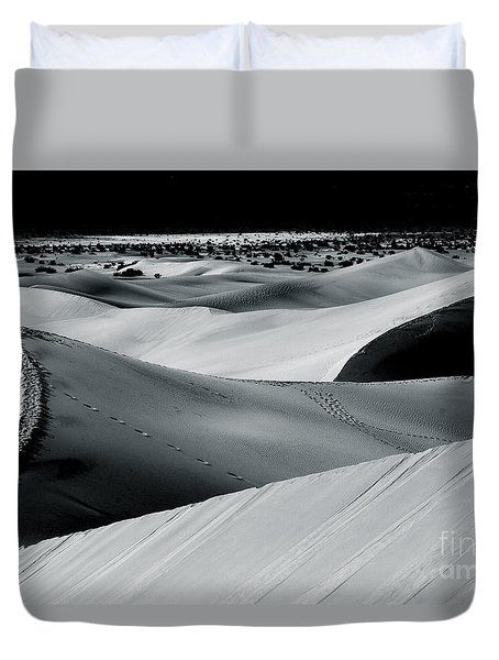 Desert Night Death Valley By Diana Sainz Duvet Cover