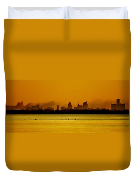 Detroit At Dawn Duvet Cover