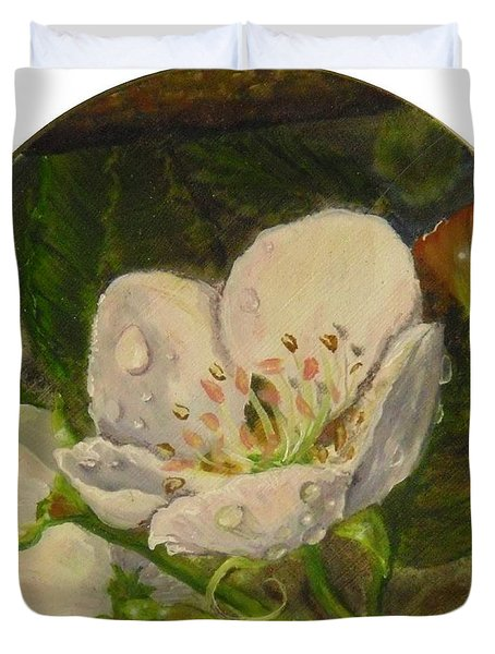 Dew Of Pear's Blooms Duvet Cover