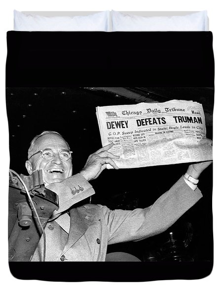 Dewey Defeats Truman Newspaper Duvet Cover by Underwood Archives