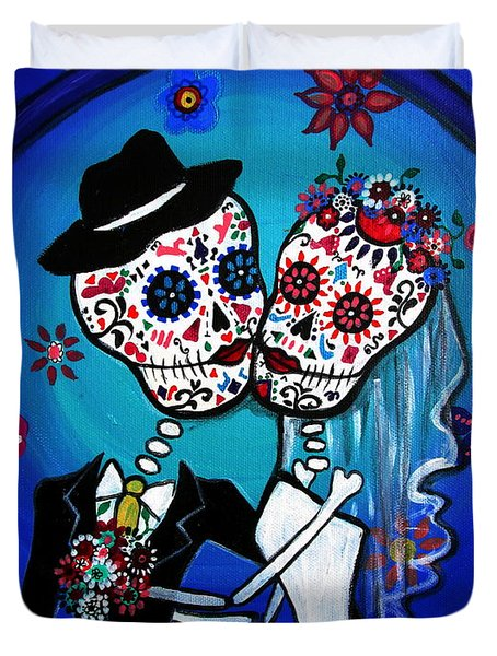 Dia De Los Muertos Kiss The Bride Duvet Cover