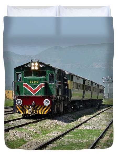 Duvet Cover featuring the photograph Diesel Electric Locomotive Speeds Past Student by Imran Ahmed