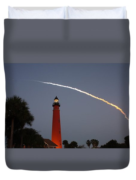 Discovery Booster Separation Over Ponce Inlet Lighthouse Duvet Cover by Paul Rebmann
