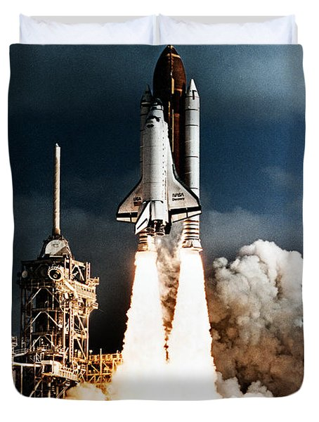 Discovery Hubble Launch Sts-31 Duvet Cover