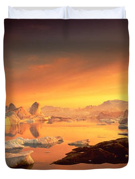 Disko Bay, Greenland Duvet Cover