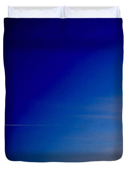 Distant Flight 5  Duvet Cover