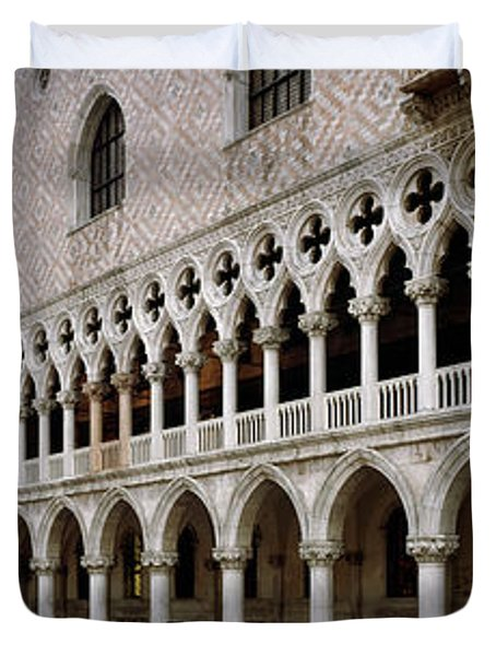 Doge's Palace And Basilica San Marco Duvet Cover