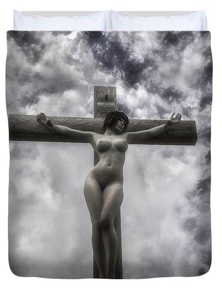 Donna Crocifissa Duvet Cover