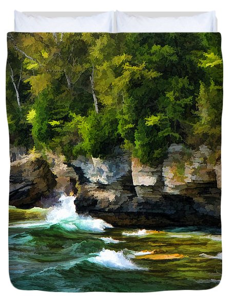 Door County Cave Point Cliffs Duvet Cover