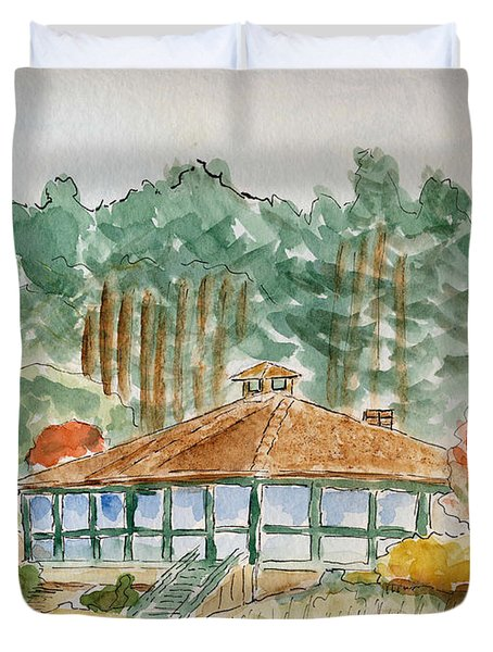 Duvet Cover featuring the painting Dorrs Pondhouse by Linda Feinberg