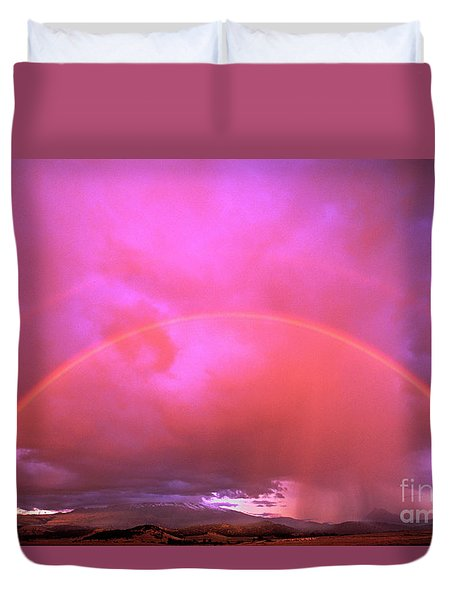 Double Rainbow Over Mount Shasta Duvet Cover by Dave Welling