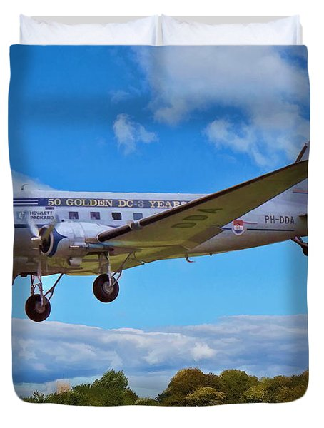 Duvet Cover featuring the digital art Douglas Dc3 by Paul Gulliver