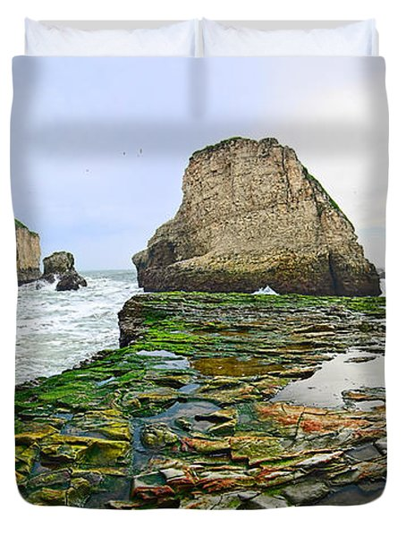 Dramatic Panoramic View Of Shark Fin Cove Duvet Cover by Jamie Pham