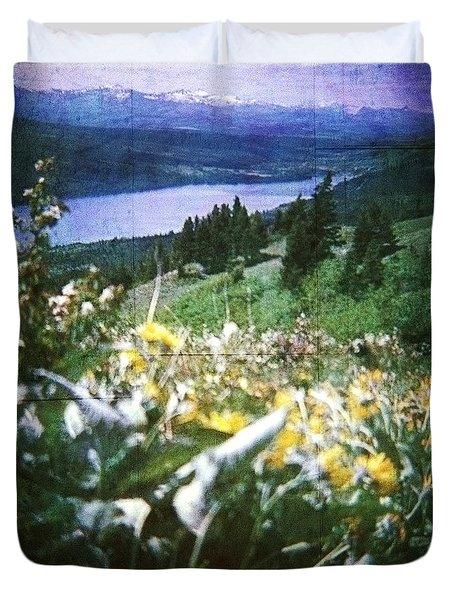 Dream In East Glacier Duvet Cover
