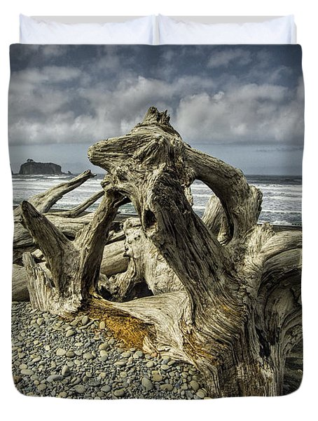 Driftwood On Rialto Beach In Olympic National Park No. 144 Duvet Cover by Randall Nyhof