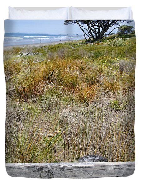 Dune Grass Duvet Cover by Les Cunliffe