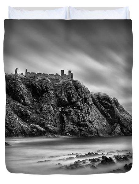 Dunnottar Castle 2 Duvet Cover by Dave Bowman