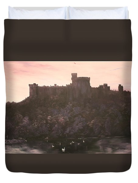 Duvet Cover featuring the painting Dusk Over Windsor Castle by Jean Walker