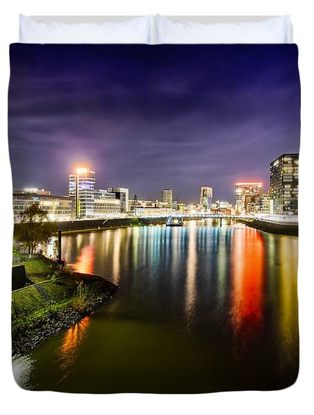 Dusseldorf Media Harbor Skyline Duvet Cover