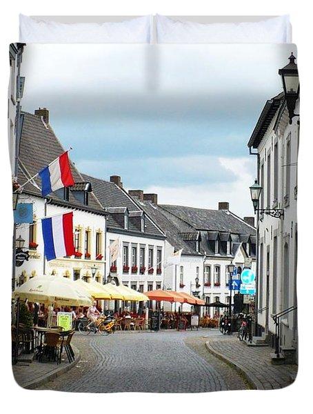 Dutch Cityscape - Thorn Duvet Cover by Carol Groenen
