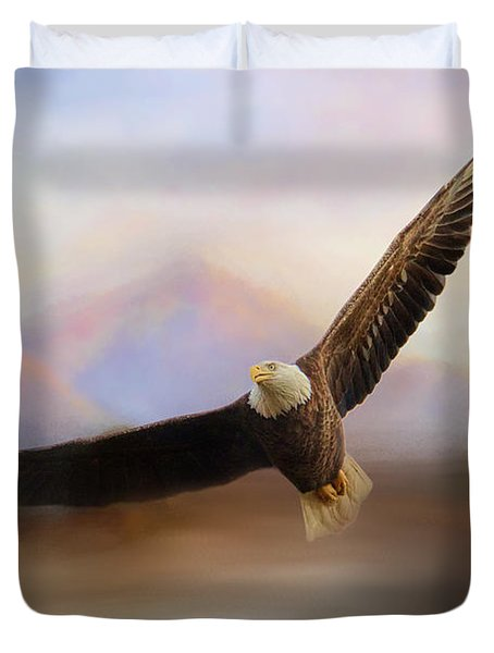 Eagle At The Mountain Duvet Cover