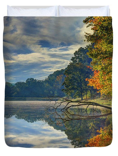 Duvet Cover featuring the photograph Early Autumn At Caldwell Lake by Jaki Miller