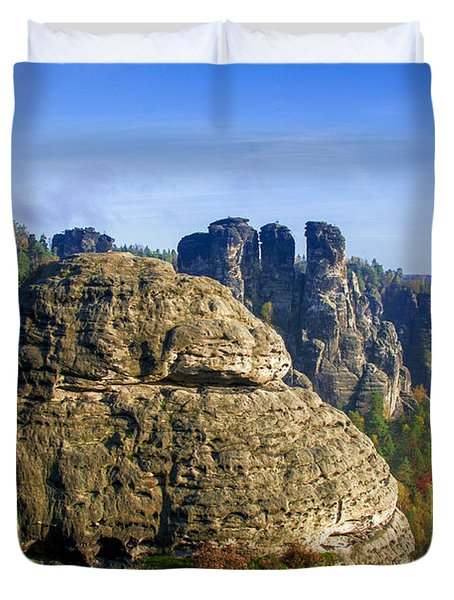 Early Morning On Neurathen Castle Duvet Cover