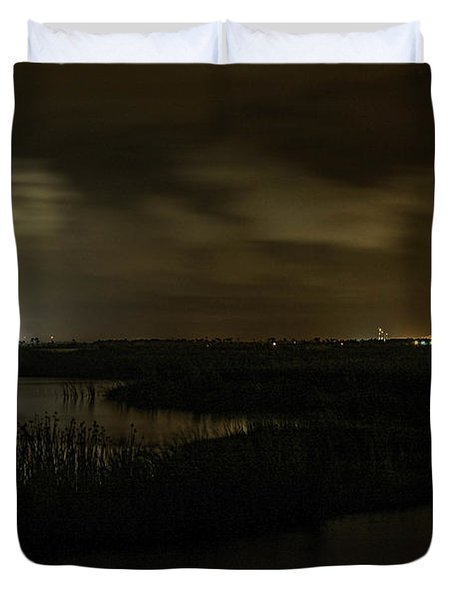 Duvet Cover featuring the digital art Early Morning Over Lake Shelby by Michael Thomas