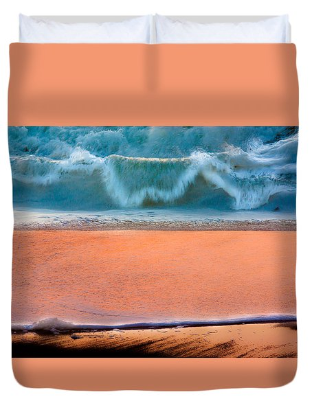 Duvet Cover featuring the photograph Ebb And Flow by Edgar Laureano