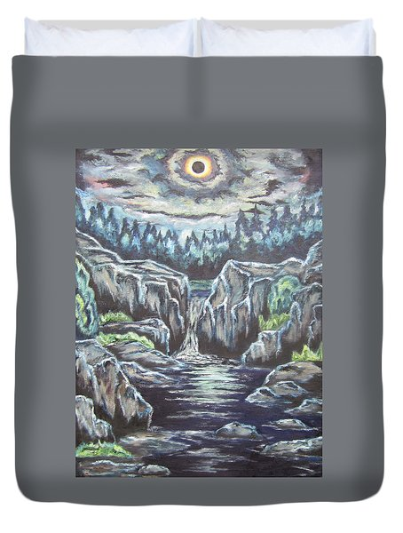 Duvet Cover featuring the painting Eclipse 2 by Cheryl Pettigrew