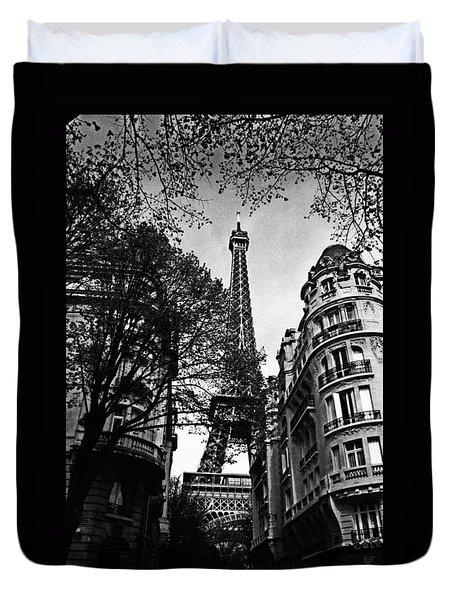 Eiffel Tower Black And White Duvet Cover