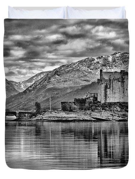 Eilean Donan - A Reflection Without Colour Duvet Cover