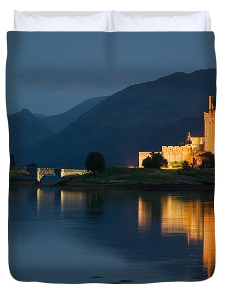 Duvet Cover featuring the photograph Eilean Donan Castle At Night by Jeremy Voisey