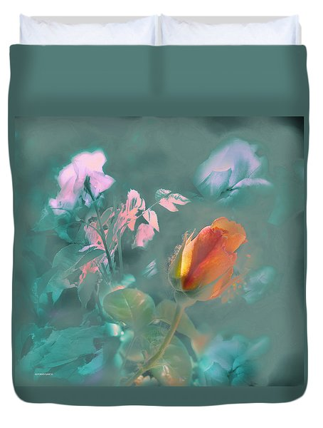 Duvet Cover featuring the photograph El Relevo by Alfonso Garcia