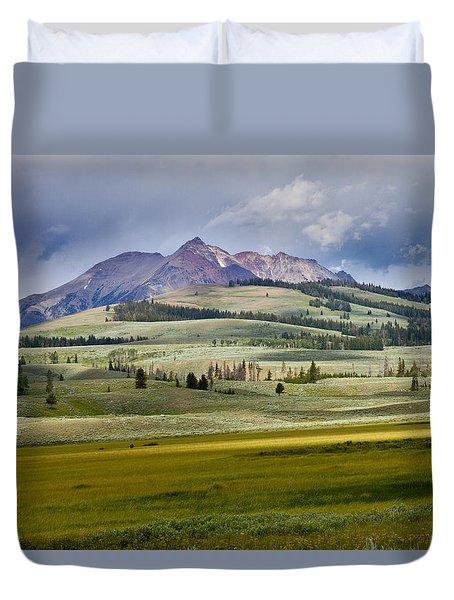 Electric Peak Duvet Cover