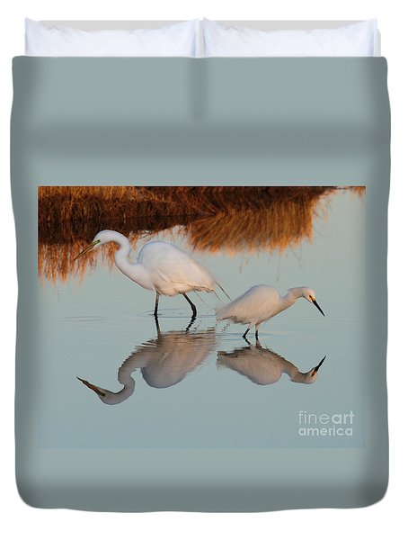 Elegant Big And Small Great White And Snowy Egrets Duvet Cover