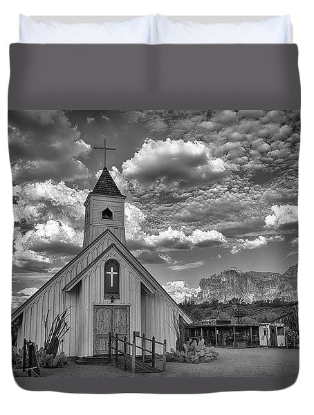 Elvis Presley Chapel At The Superstitions Duvet Cover