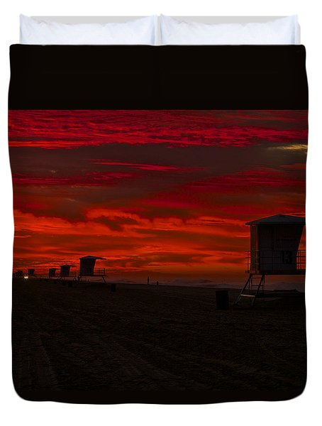 Duvet Cover featuring the photograph Embers Of Dawn by Duncan Selby