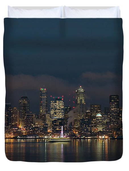 Emerald City At Night Duvet Cover