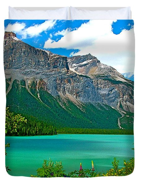Emerald Lake In Yoho Np-bc Duvet Cover