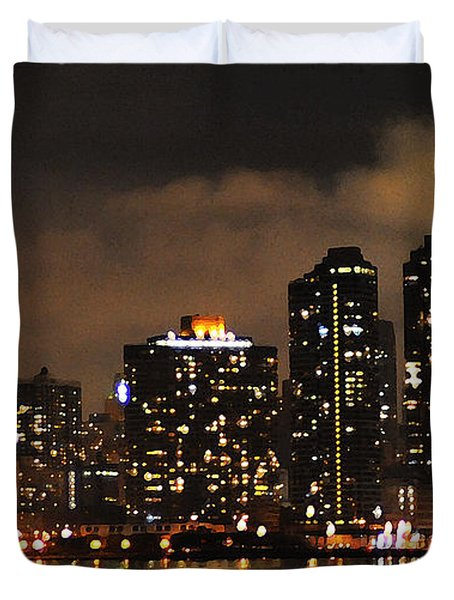Empire State Building From Long Island City Duvet Cover by Steve Archbold
