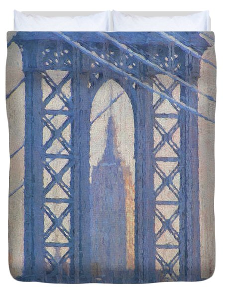 Empire State Building Through The Manhattan Bridge Duvet Cover