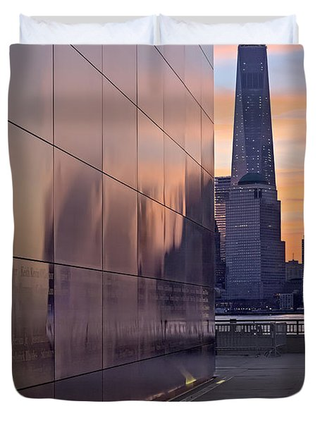 Empty Sky Memorial And Freedom Tower Sunrise Duvet Cover