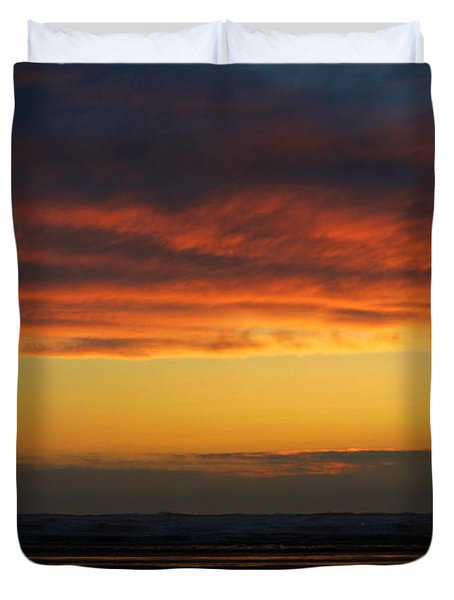 End Of A Perfect Day Duvet Cover by Jeanette C Landstrom