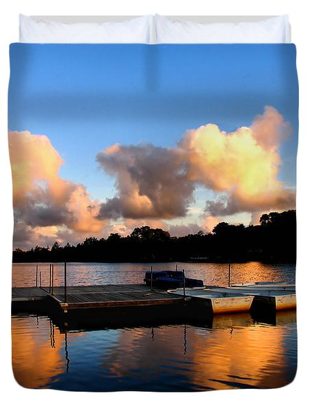 End Of A Summer Day Duvet Cover by Roger Becker