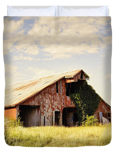 Englewood Barn Duvet Cover
