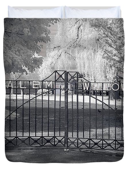 Entry To Salem Willows Duvet Cover