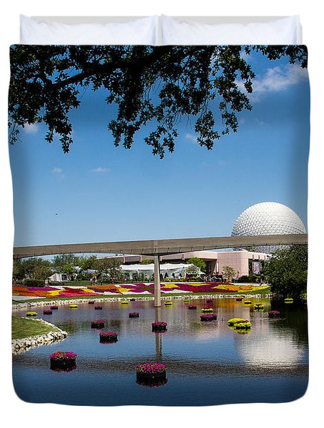Epcot At Disney World Duvet Cover by Roger Wedegis